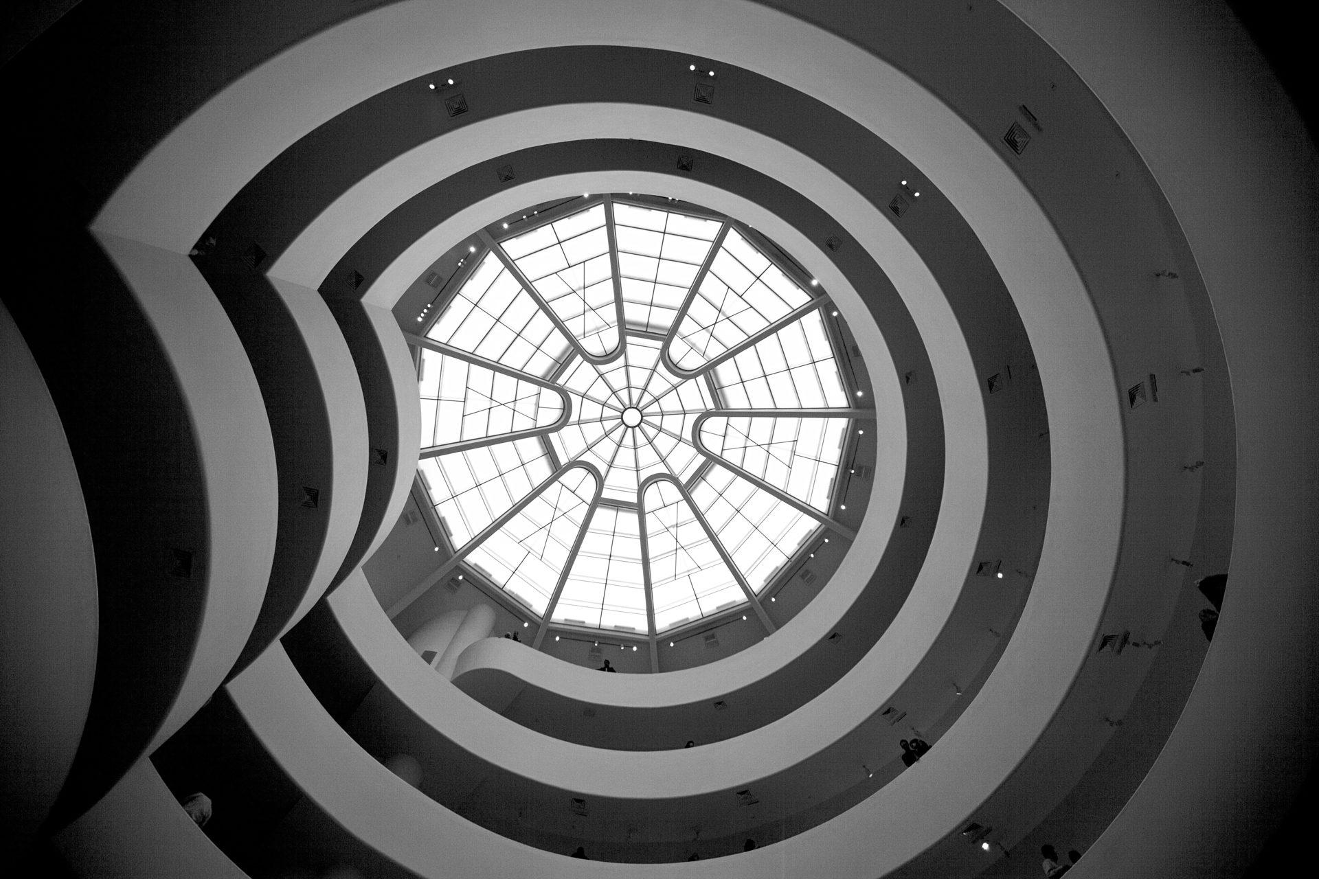 Almudena Plaza-NY-escalera-Guggenheim