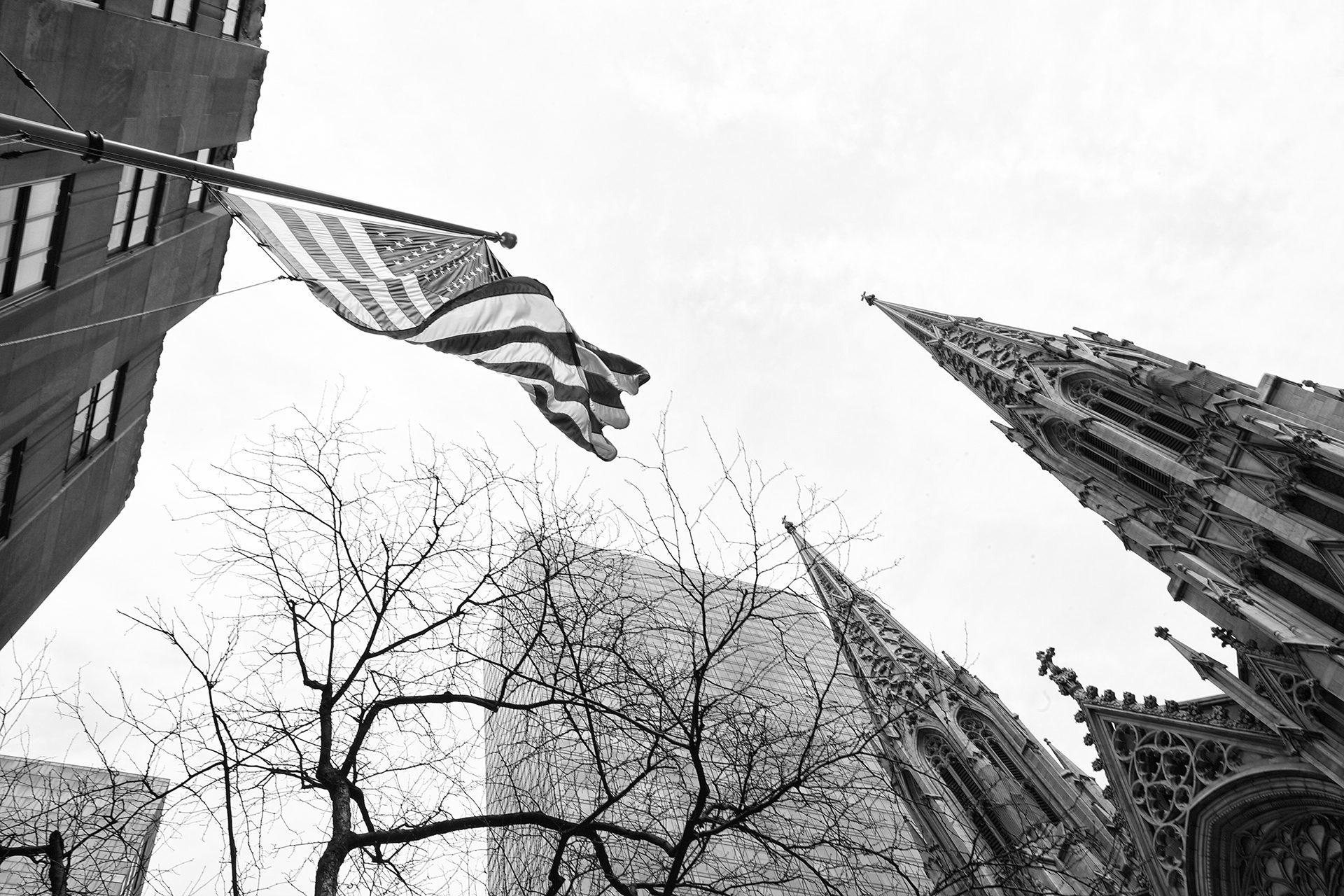 Almudena Plaza-New York-flag-Sant Patrick