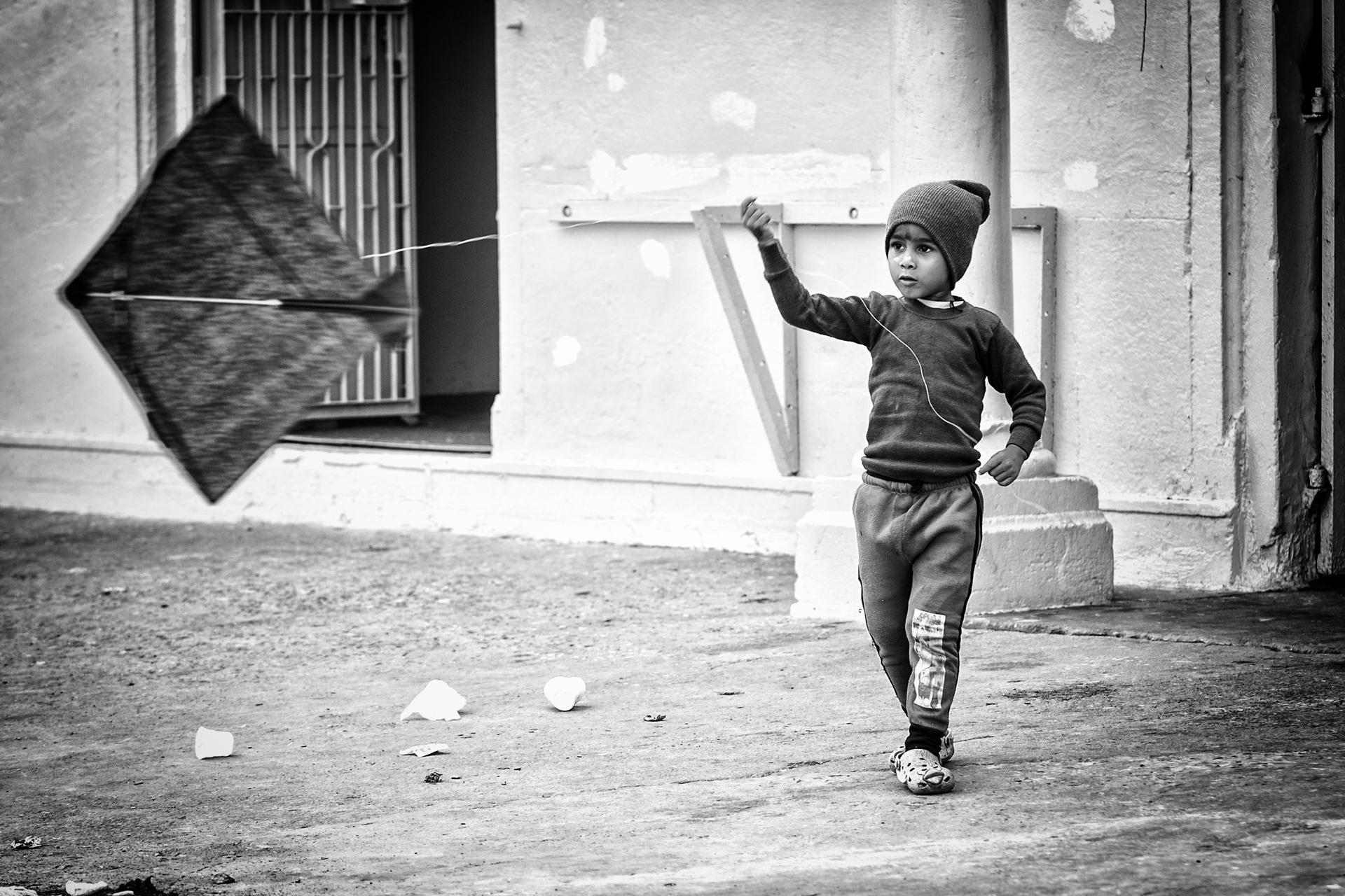 India-niño cometa